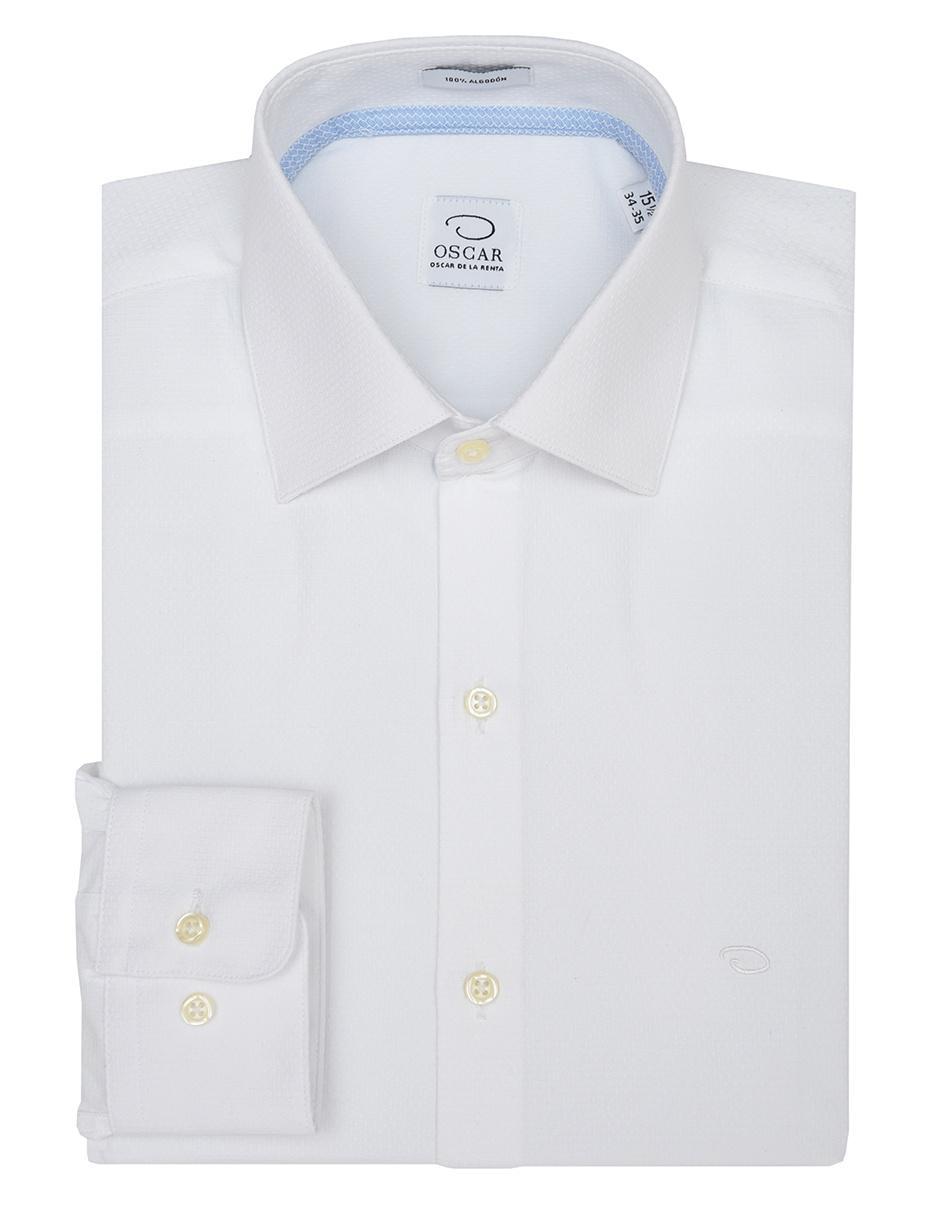 68ed8aceb Camisa de vestir Oscar de la Renta cuello italiano corte regular fit blanca  con diseño gráfico